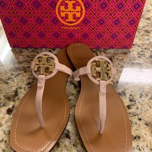 Tory Burch Mini Miller Leather Thong Size 8.5
